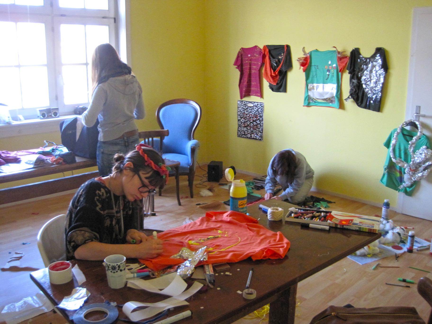 gerrit_schweiger-Rummel-2030-Zukunft-Kinder-Kreativität-Mode-Workshop-Modenschau-Ausstellung-00