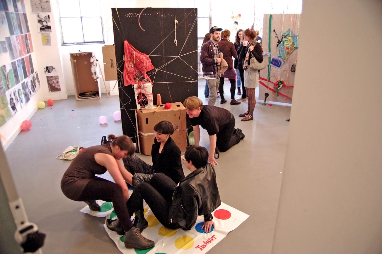 gerrit_schweiger-Rummel-2030-Zukunft-Kinder-Kreativität-Mode-Workshop-Modenschau-Ausstellung-04