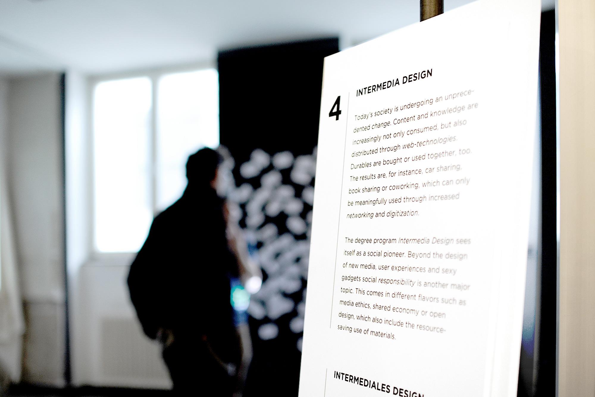 gerrit_schweiger-Young-European-Talents-Workshop-Exhibition-2013-Ausstellung-Grafik-Typografie-05