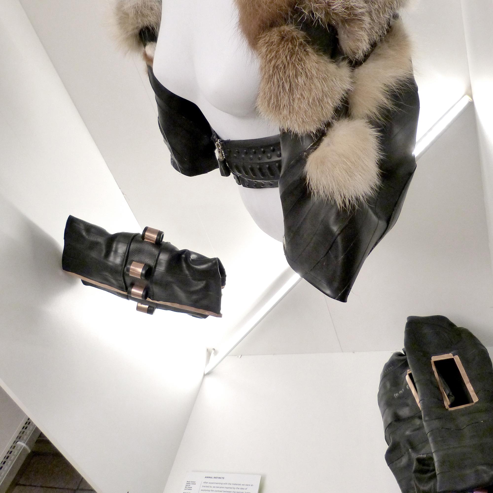 gerrit_schweiger-Young-European-Talents-Workshop-Exhibition-2013-Kleiderschrank-perspektive-1